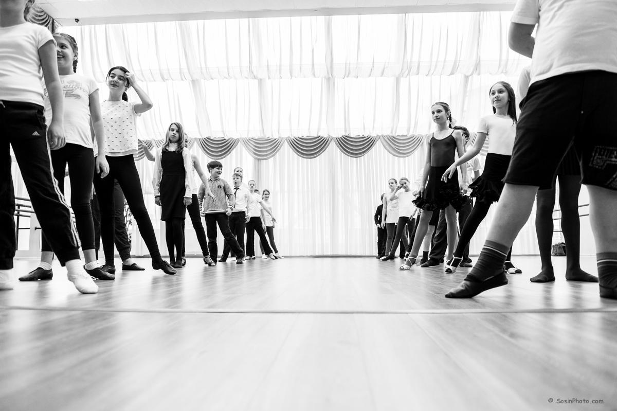 Урок хореографии в начальной школе.