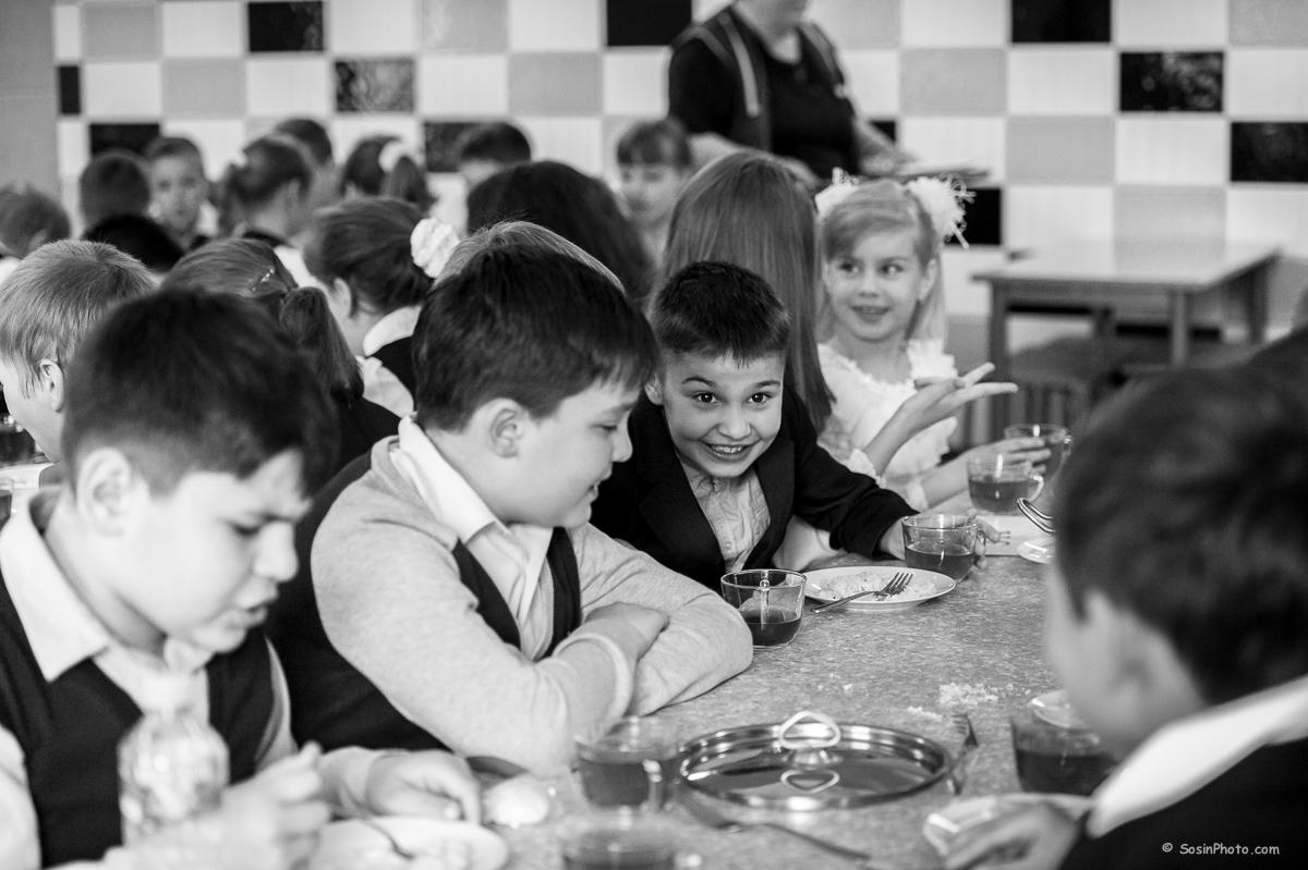 0024school-canteen